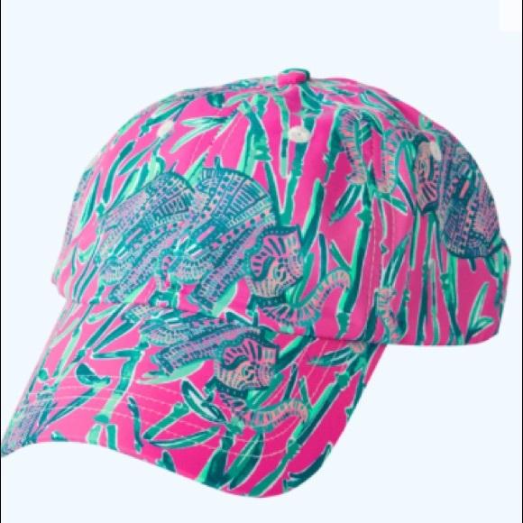 7b151e1e44c NWT runaround hat extra lucky. NWT. Lilly Pulitzer